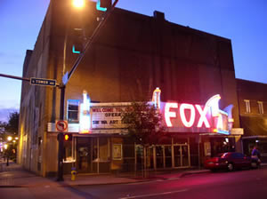 The Fox Theatre lights up...